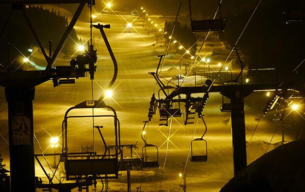 山籠りでスノーボードしたいならナイター付きのスキー場を選べ!!